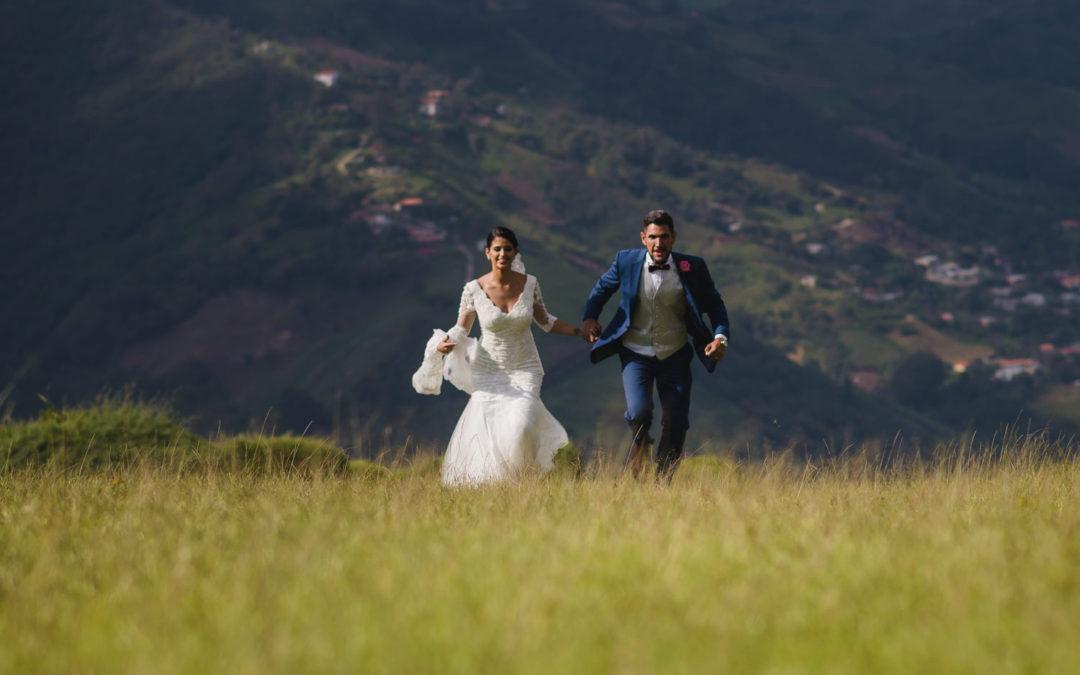 Mejores fotos de Andrea + Luis . Boda Destino Hotel Sierra Linda . Villa de Leyva Colombia